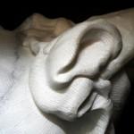 donna-mano marmo statuario di carrara 2010      60x40x35  (13)