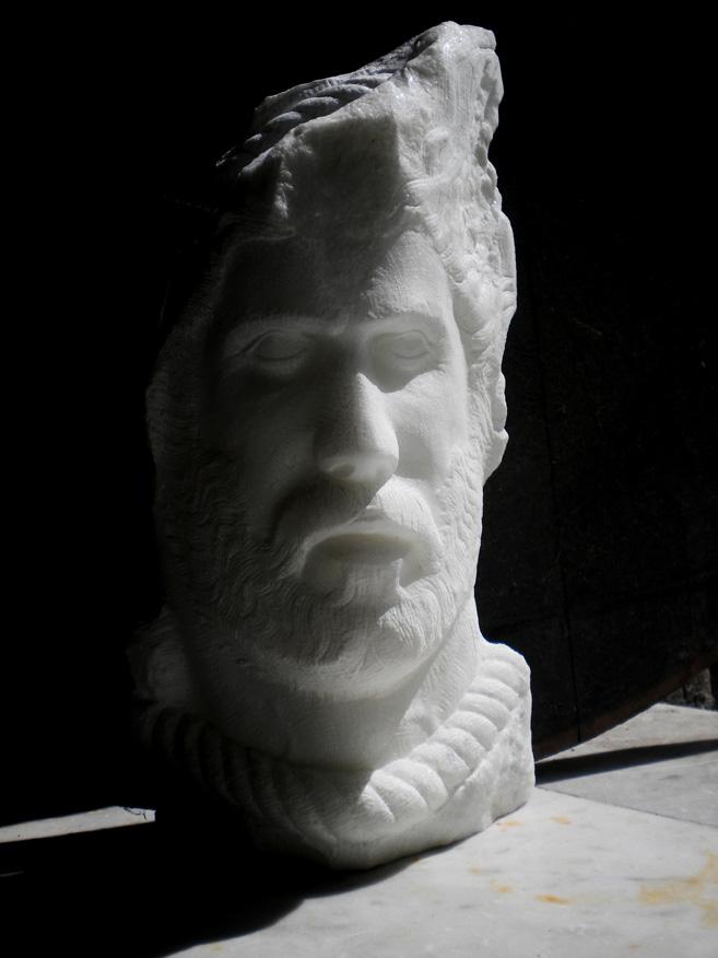 frammento-uomo marmo statuario di carrara 2011 35x15 (1)