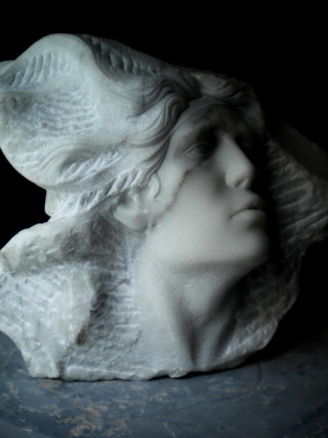 trevolti marmo statuario di carrara 2011  38x45x30 (3)